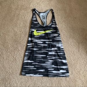 Nike Dri-Fit Cano Tank top (Size XL)